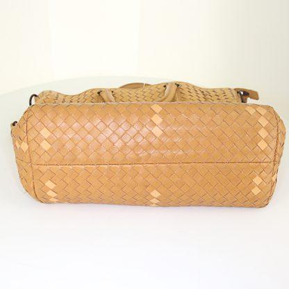 High Quality Bottega Veneta Replica handbag in beige and brown intrecciato  leather 087da4e3c31e8